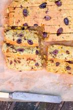 Summer Cornbread with lush Italian flavours. Gluten-Free and Vegan. What more do you want?
